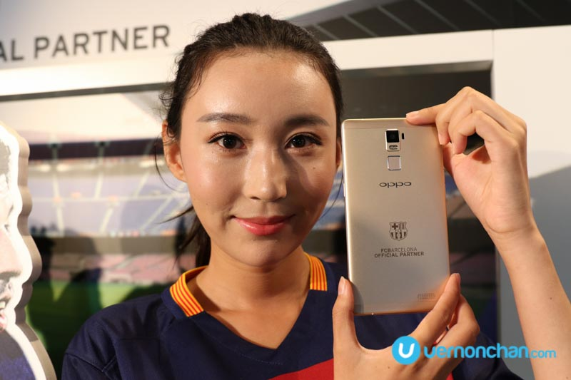 "OPPO outs R7 Plus FC Barcelona Edition ""Smartphone of Champions"""