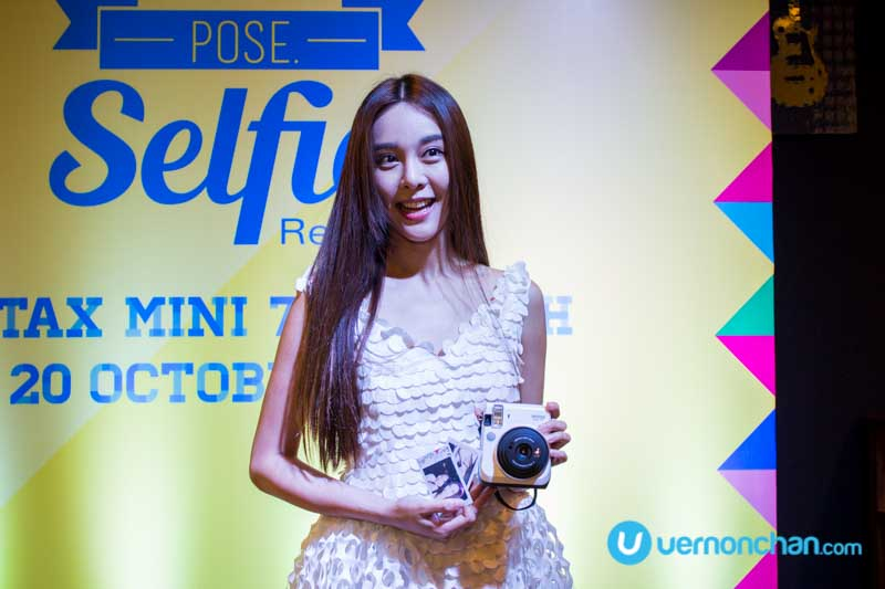 Fujifilm instax mini 70 brings you instant selfie gratification, the analog way