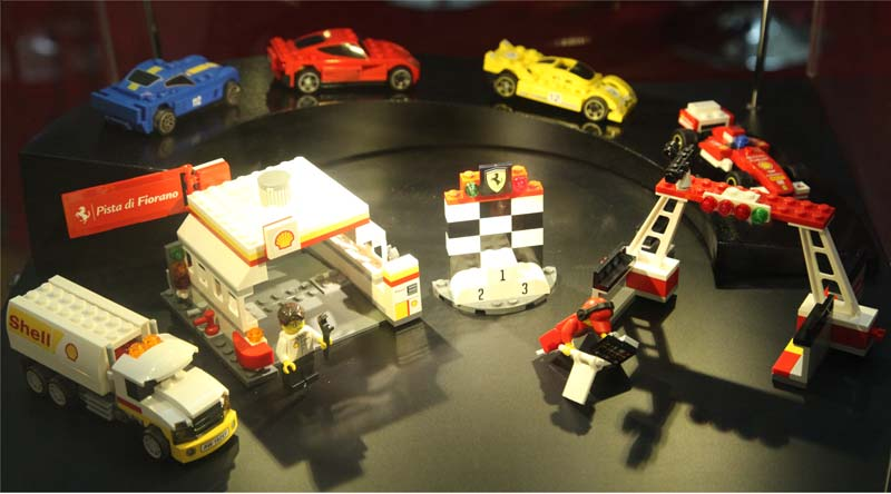 Shell V-Power LEGO