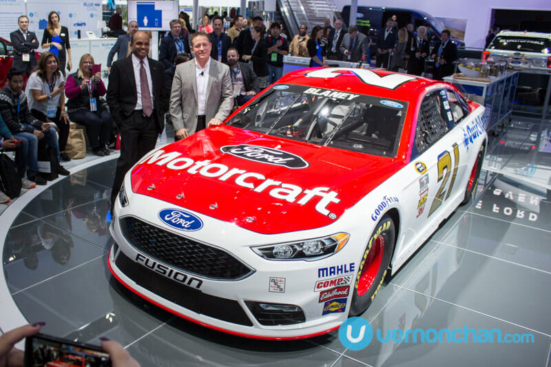 [NAIAS 2016] Day 1 at the Ford Display in pictures #FordNAIAS