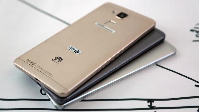 Get rebates of up to MYR1,750 when you trade up for a Huawei Mate 8