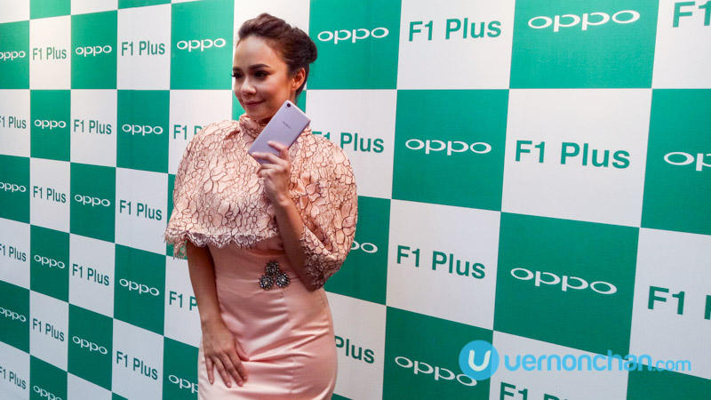 Nora Danish OPPO F1 Plus
