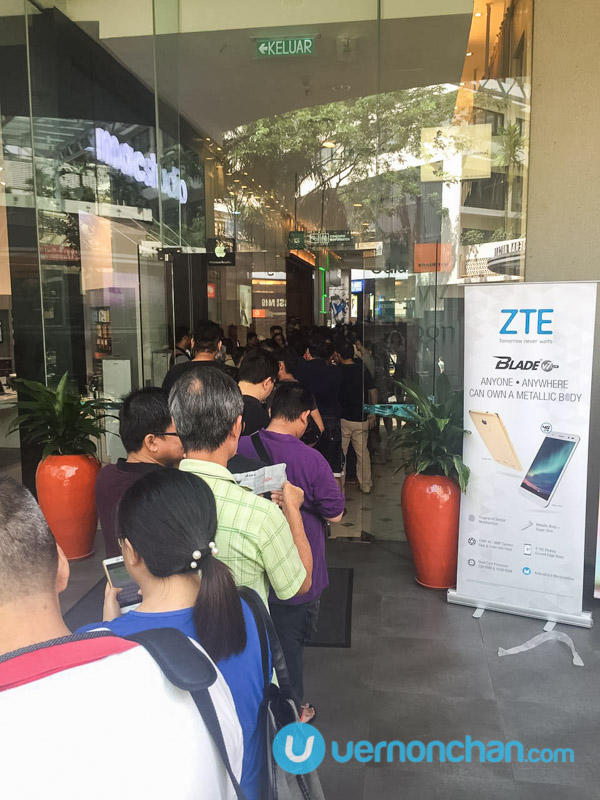 ZTE Blade V7 Lite Plaza Low Yat queue