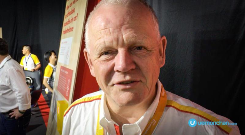 Wolfgang Warnecke