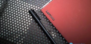Lenovo Yoga Book Ruby Red
