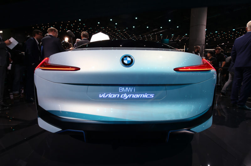 http://www.automobilemag.com/news/bmw-vision-dynamics-concept-look-silent-bulbous-future/