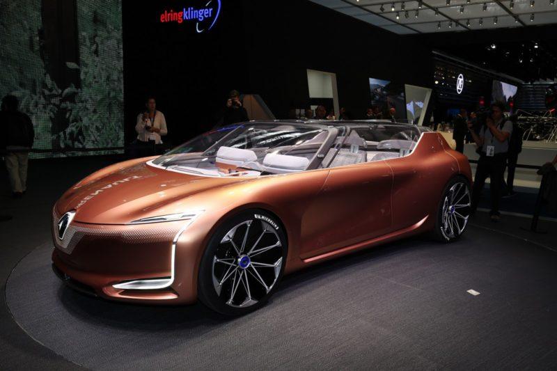 http://www.carscoops.com/2017/09/renault-unveils-symbioz-concept-car.html