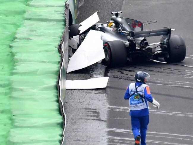 F1 Mercedes-AMG Lewis Hamilton crash