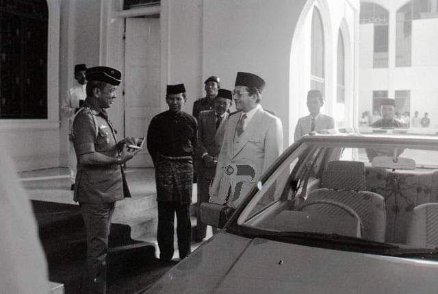 Sultan Johor Tun M