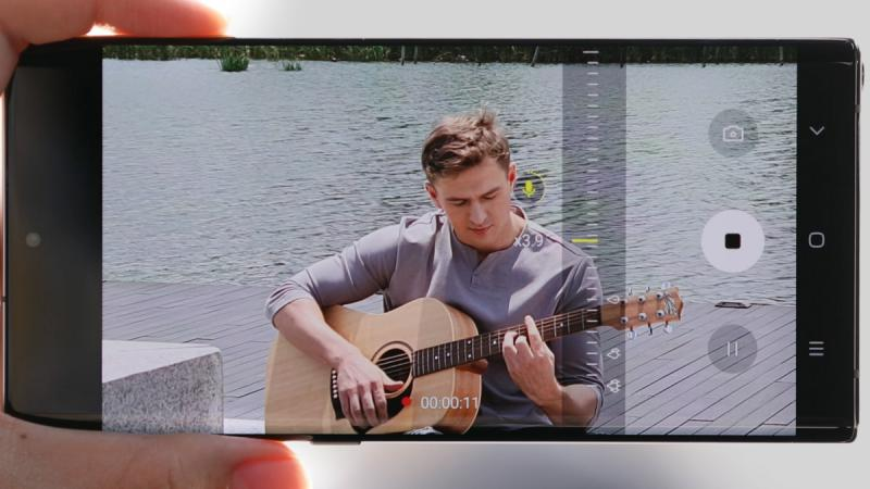 Samsung Galaxy Note10 Zoom-In Mic