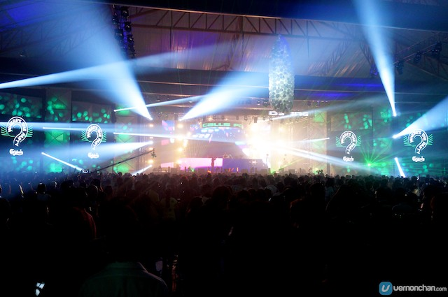 Carlsberg 'Where's The Party? 2013′ Takes Off with A Bang
