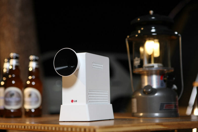 LG introduces palm-sized LG MiniBeam mobile projector
