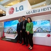 (From Left to Right) HK Kwon, Managing Director, LG Electronics Malaysia; Justin Seng, Manager, Product Management of Home Entertainment, LG Electronics Malaysia; and Joanne Foo, General Manager, Marketing Department, LG Electronics Malaysia posing with LG's new line-up of ULTRA HD TVs at the media showcase.