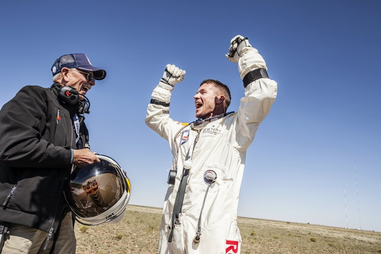 Mission Accomplished: Felix Baumgartner Breaks Free Fall Record from Edge of Space