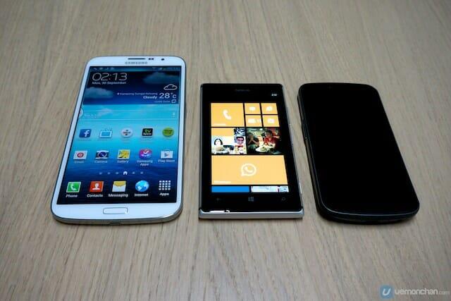 Samsung GALAXY Mega 16