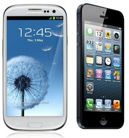 Samsung-GALAXY-S-III-vs-iPhone-5