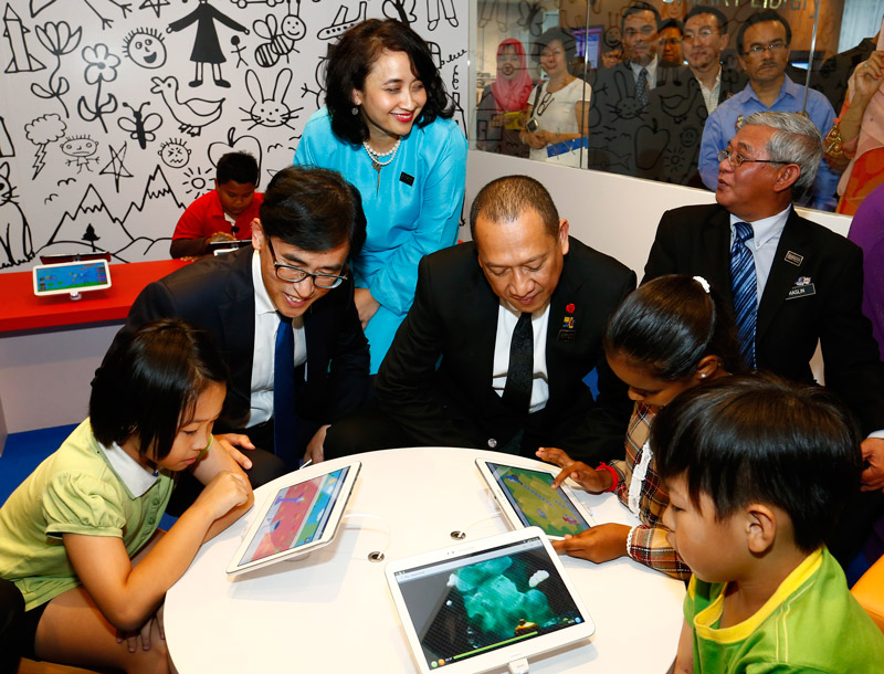 Malaysia's National Library goes SMART with Samsung