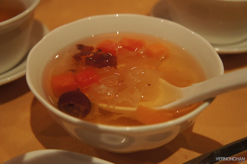 Double Boiled Red Dates with Papaya and White Fungus.